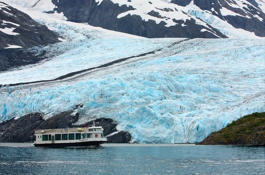 MV Ptarmigan near Portage Glacier